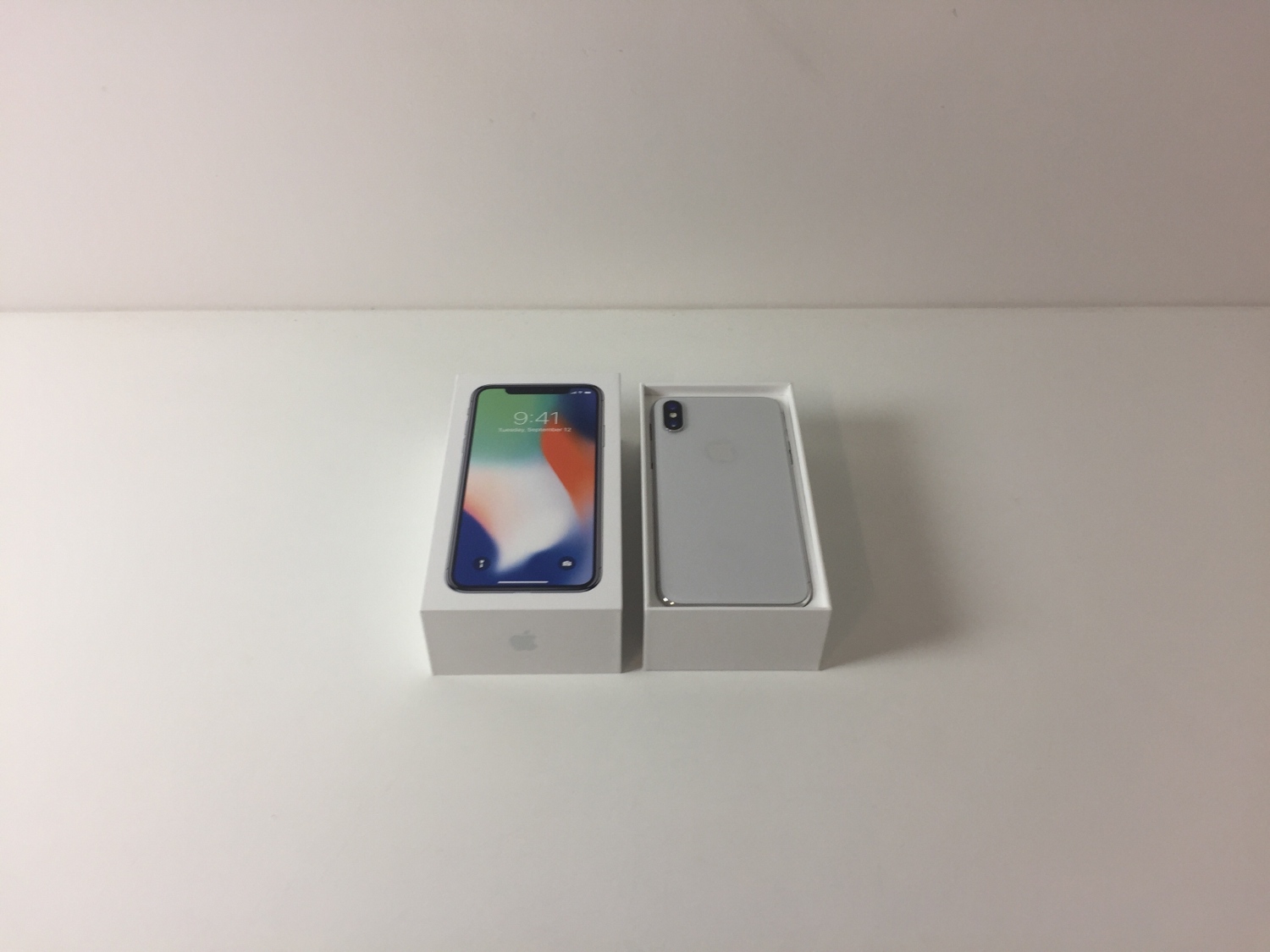 iPhone X 64GB, 64GB, Silver, Kuva 2