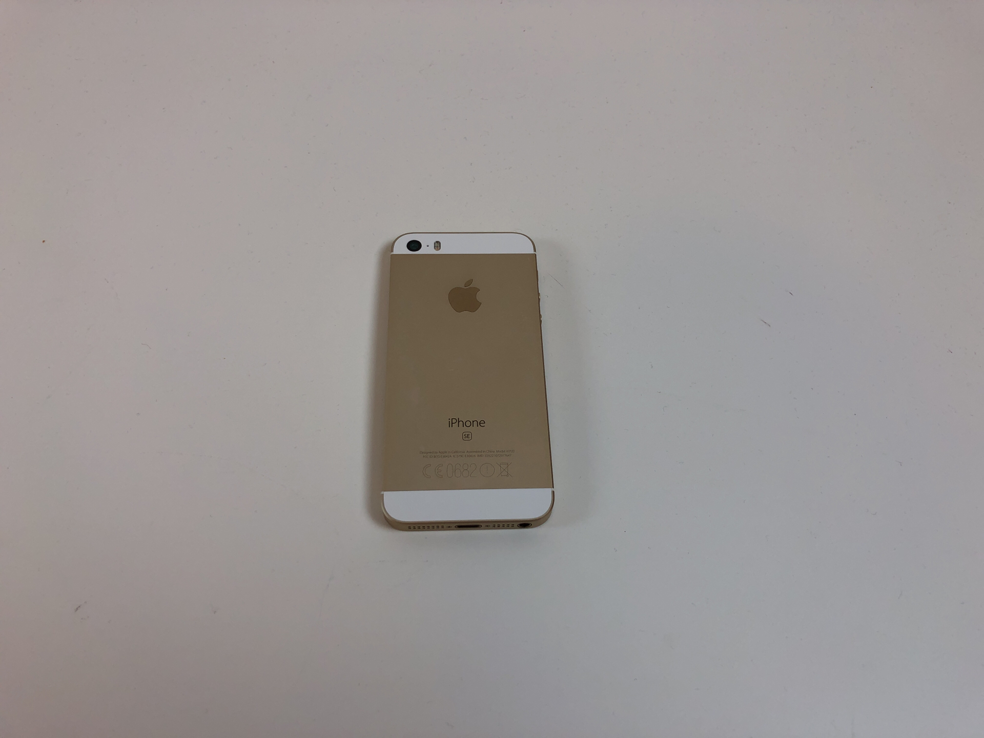 iPhone SE, 16GB, Gold, bild 2