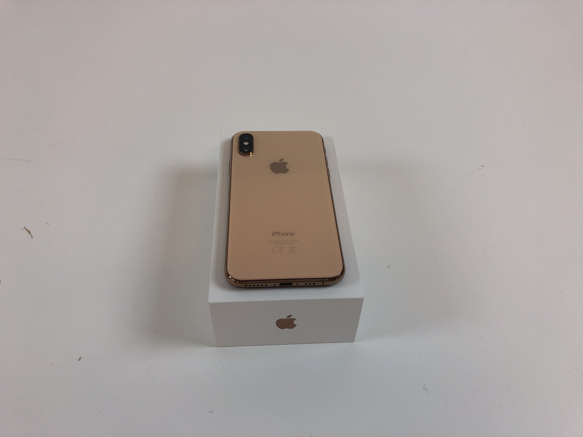 iPhone XS 64GB, 64GB, Gold, obraz 3