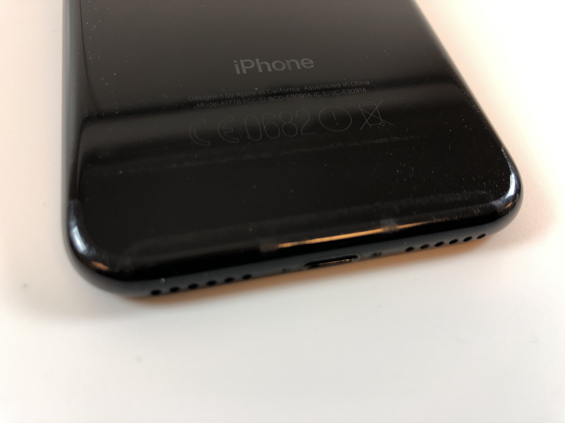 iPhone 7 128GB, 128GB, Jet Black, Kuva 3
