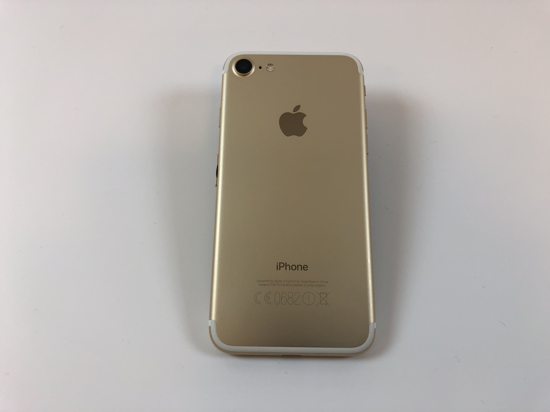 iPhone 7 32GB, 32GB, Gold, image 2