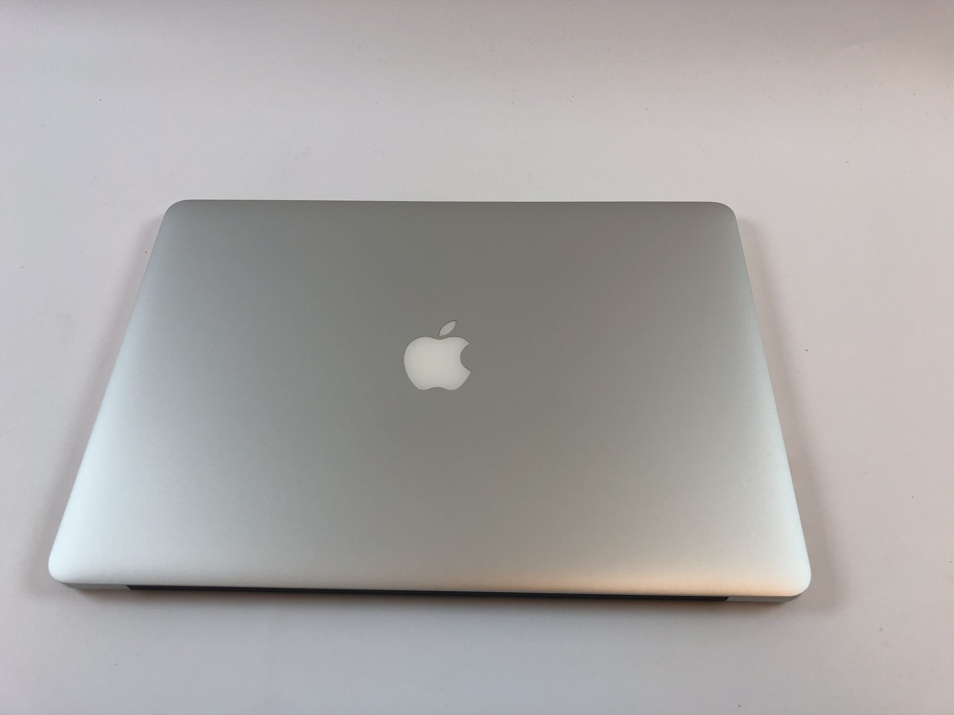 "MacBook Pro Retina 15"" Mid 2014 (Intel Quad-Core i7 2.2 GHz 16 GB RAM 512 GB SSD), Intel Quad-Core i7 2.2 GHz, 16 GB RAM, 512 GB SSD, bild 2"