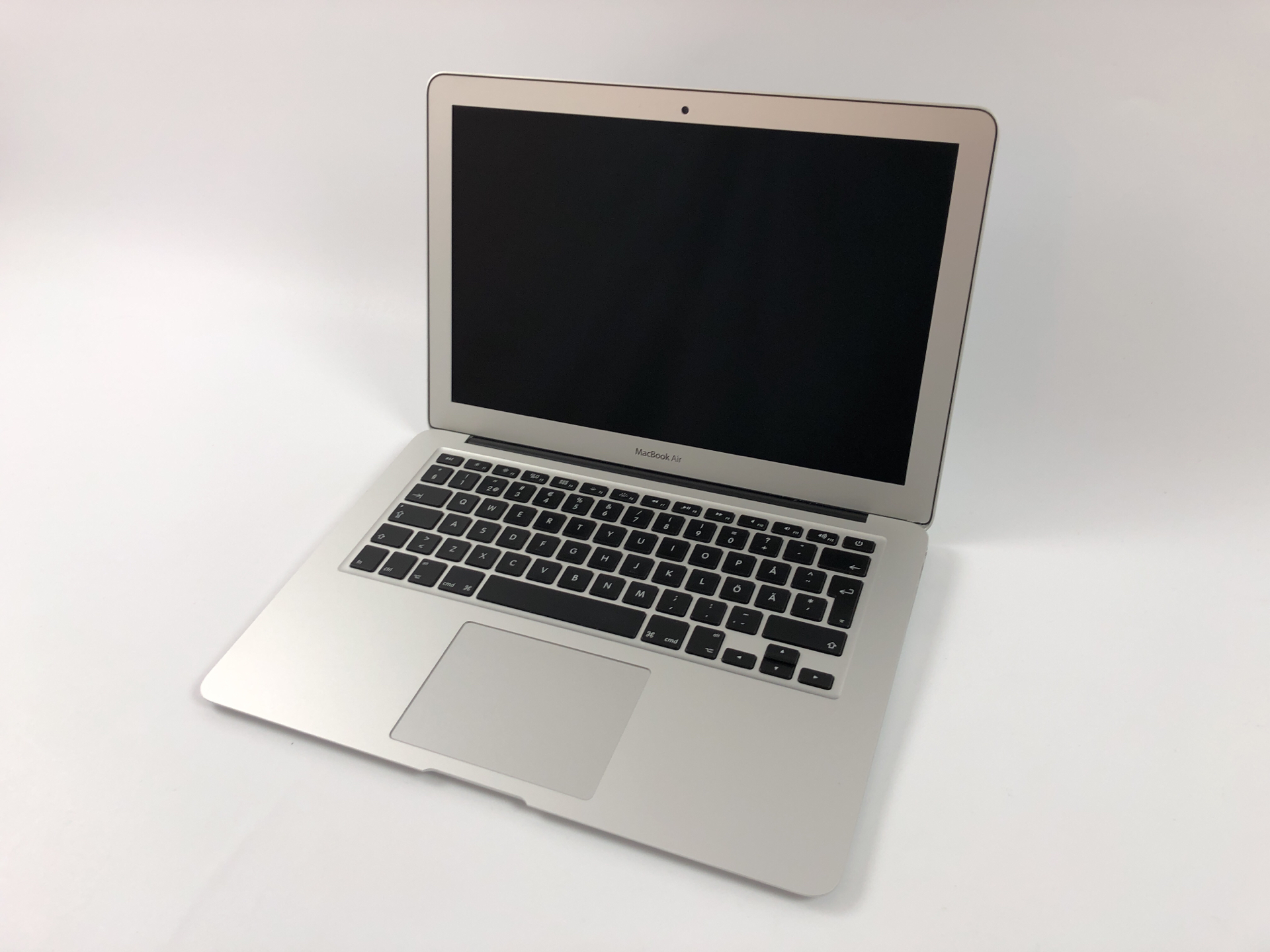 "MacBook Air 13"" Early 2014 (Intel Core i5 1.4 GHz 4 GB RAM 256 GB SSD), Intel Core i5 1.4 GHz, 4 GB RAM, 256 GB SSD, Kuva 1"