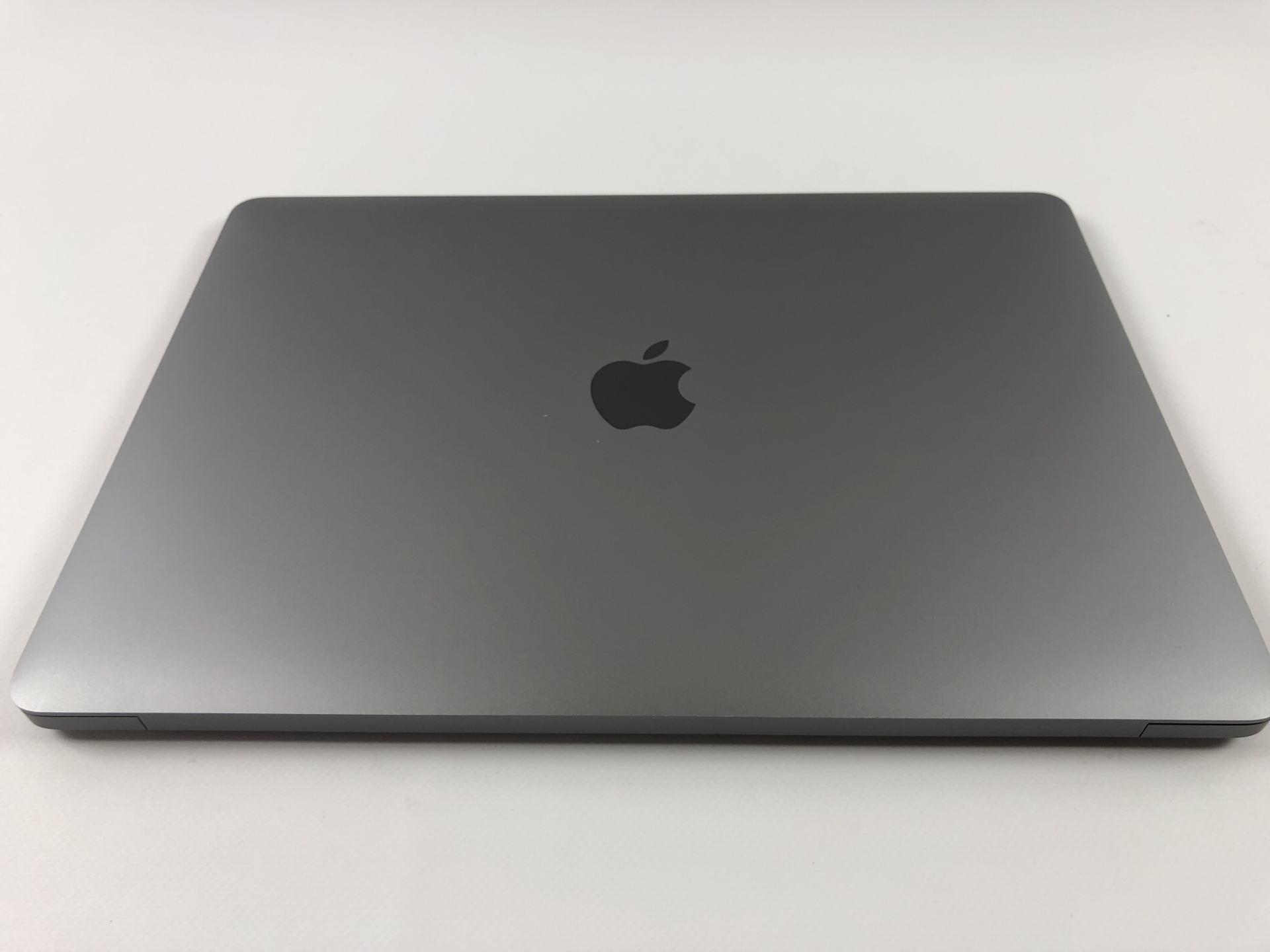 "MacBook Air 13"" Late 2018 (Intel Core i5 1.6 GHz 16 GB RAM 512 GB SSD), Space Gray, Intel Core i5 1.6 GHz, 16 GB RAM, 512 GB SSD, bild 2"
