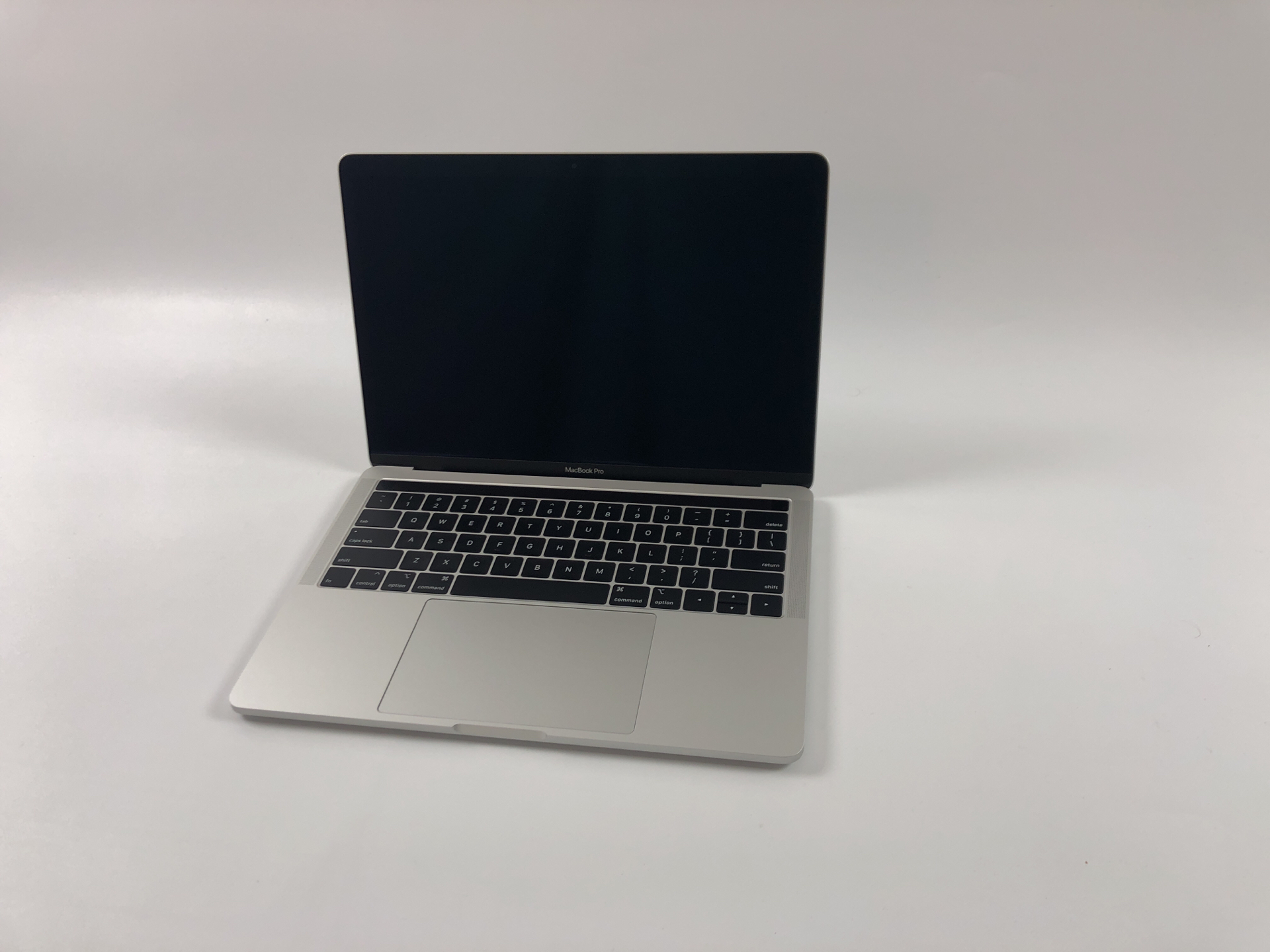 "MacBook Pro 13"" 4TBT Mid 2018 (Intel Quad-Core i5 2.3 GHz 8 GB RAM 512 GB SSD), Silver, Intel Quad-Core i5 2.3 GHz, 8 GB RAM, 512 GB SSD, Kuva 1"