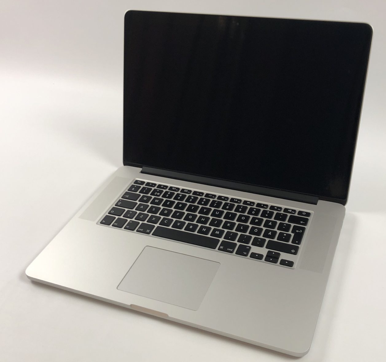 "MacBook Pro Retina 15"" Mid 2015 (Intel Quad-Core i7 2.8 GHz 16 GB RAM 512 GB SSD), Intel Quad-Core i7 2.8 GHz, 16 GB RAM, 512 GB SSD, image 1"