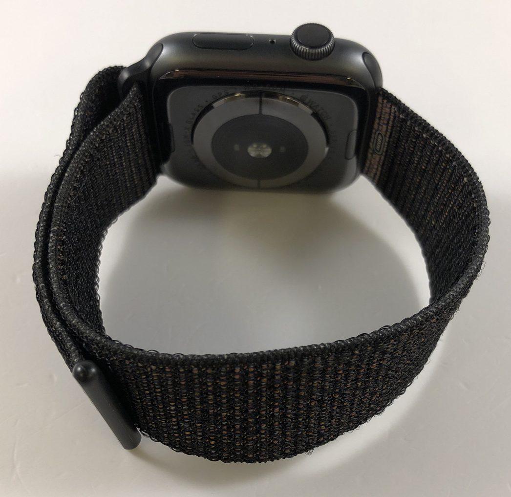 Watch Series 4 Aluminum (44mm), Space Gray, Black Sport Loop, bild 4