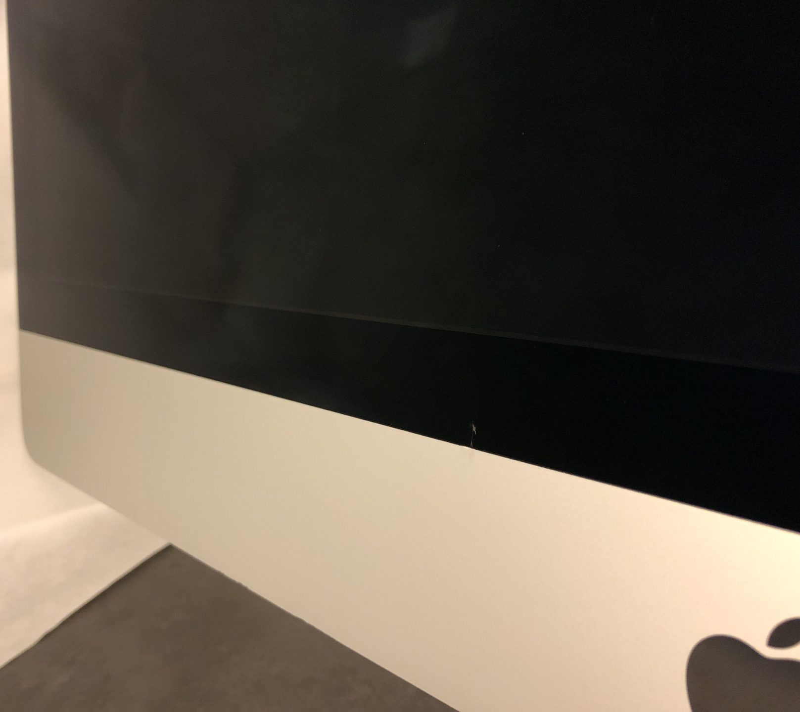 "iMac 27"" Retina 5K Late 2015 (Intel Quad-Core i5 3.2 GHz 8 GB RAM 1 TB HDD), Intel Quad-Core i5 3.2 GHz, 8 GB RAM, 1 TB HDD, bild 3"