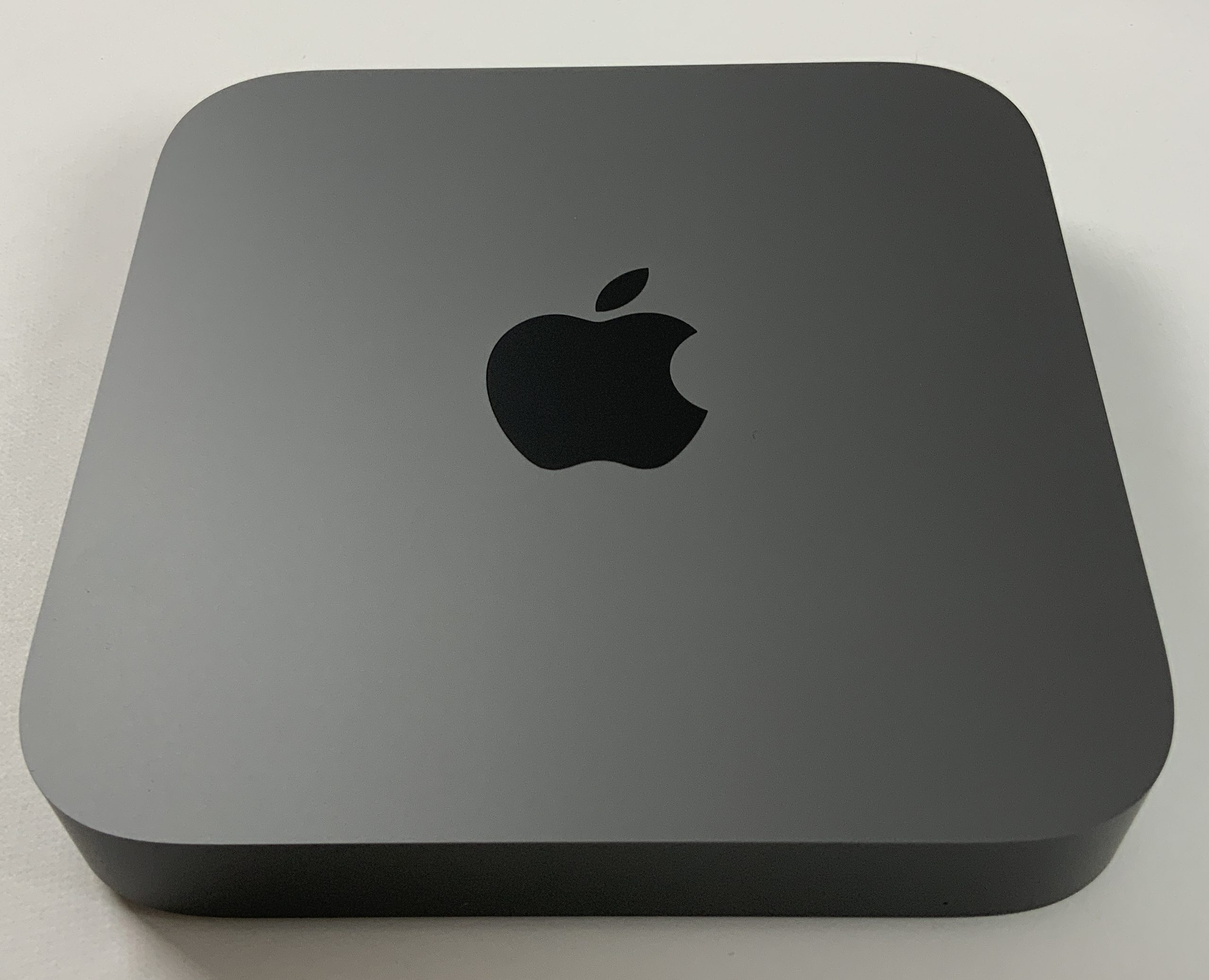 Mac Mini Late 2018 (Intel 6-Core i5 3.0 GHz 8 GB RAM 256 GB SSD), Intel 6-Core i5 3.0 GHz, 8 GB RAM, 256 GB SSD, immagine 1