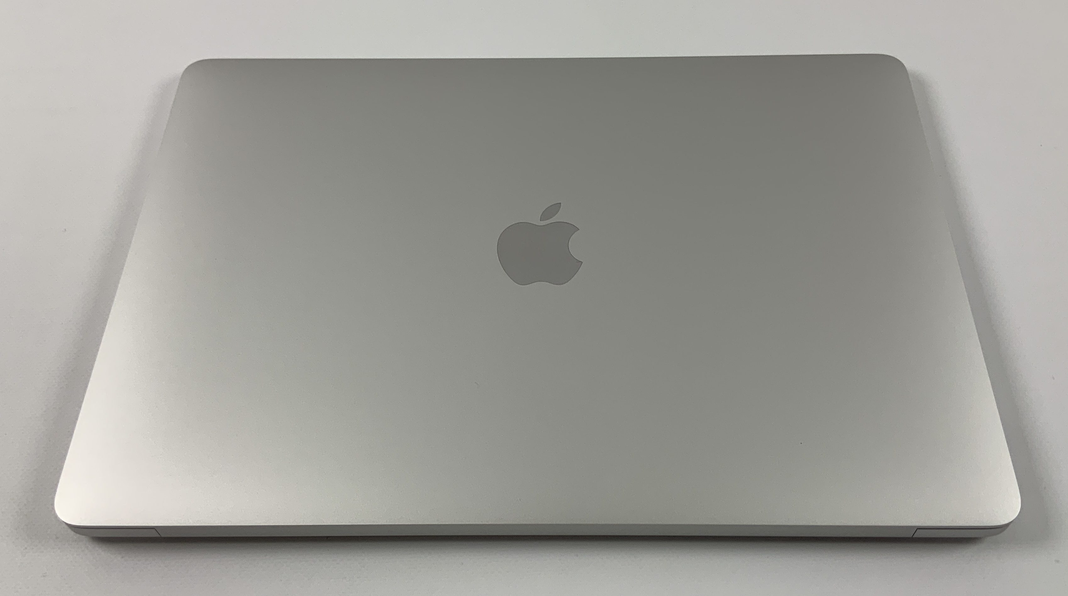"MacBook Air 13"" Late 2018 (Intel Core i5 1.6 GHz 16 GB RAM 512 GB SSD), Silver, Intel Core i5 1.6 GHz, 16 GB RAM, 512 GB SSD, Kuva 2"