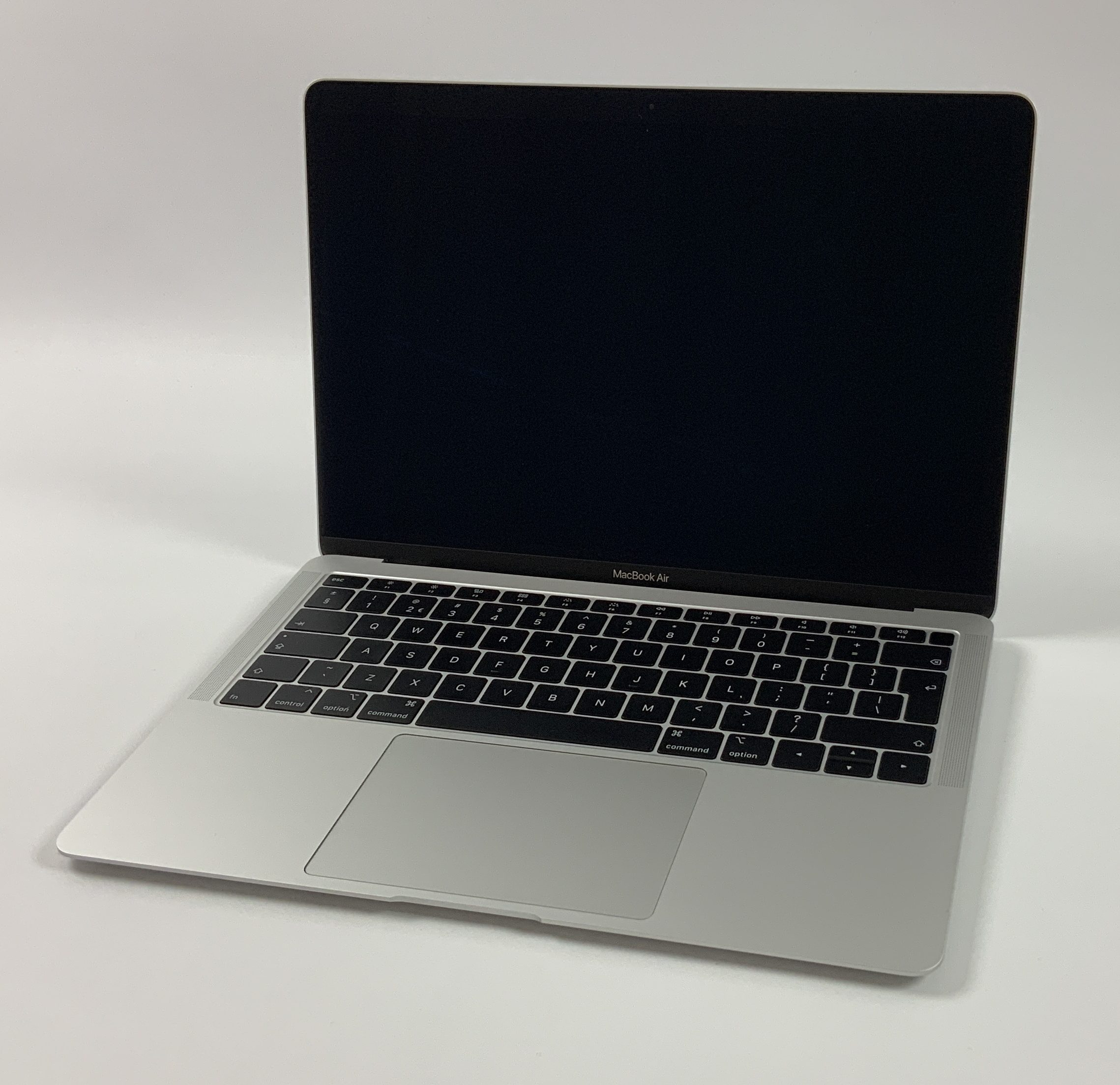 "MacBook Air 13"" Late 2018 (Intel Core i5 1.6 GHz 16 GB RAM 512 GB SSD), Silver, Intel Core i5 1.6 GHz, 16 GB RAM, 512 GB SSD, Kuva 1"