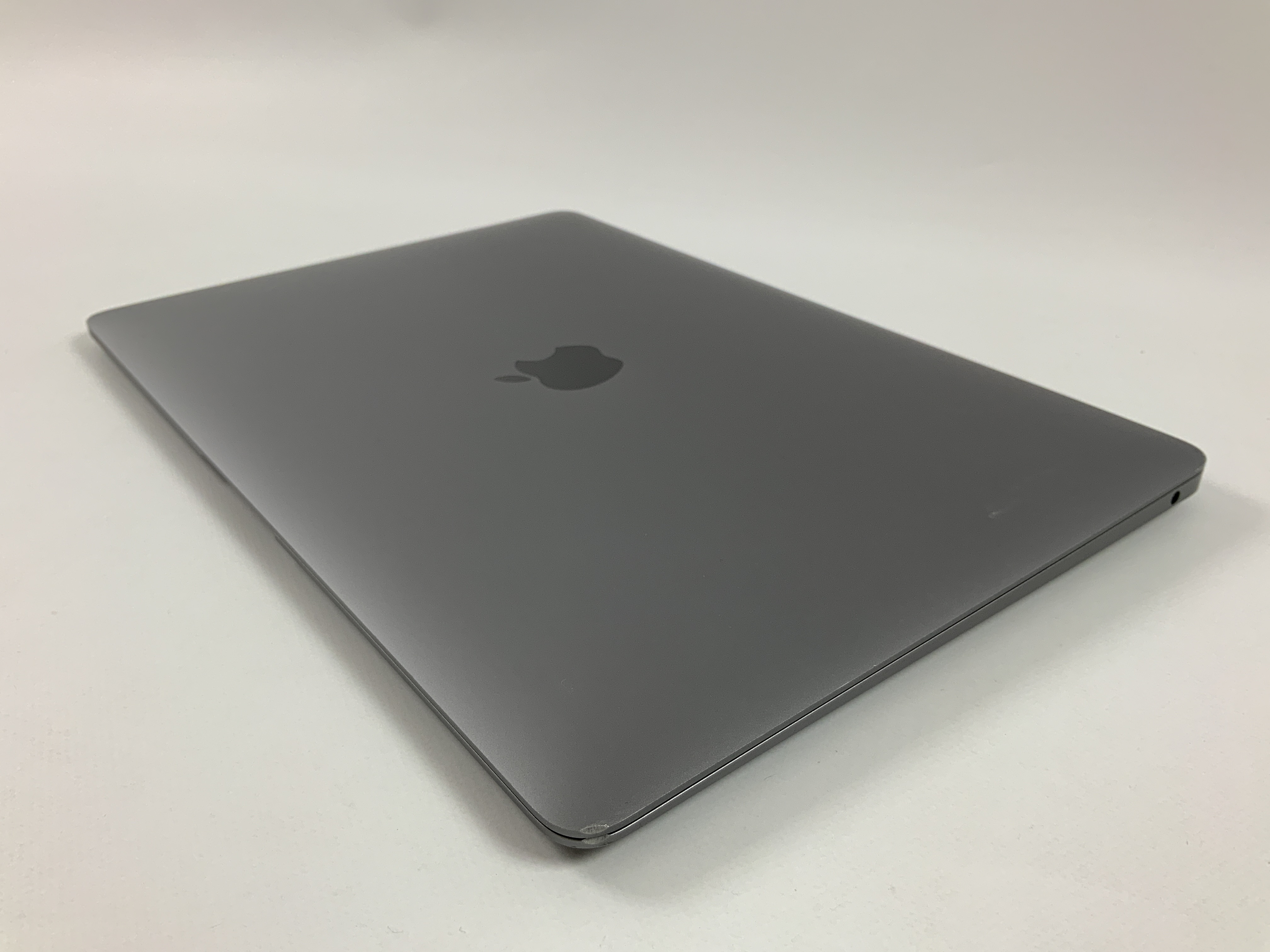 "MacBook Air 13"" Late 2018 (Intel Core i5 1.6 GHz 8 GB RAM 256 GB SSD), Space Gray, Intel Core i5 1.6 GHz, 8 GB RAM, 256 GB SSD, bild 3"
