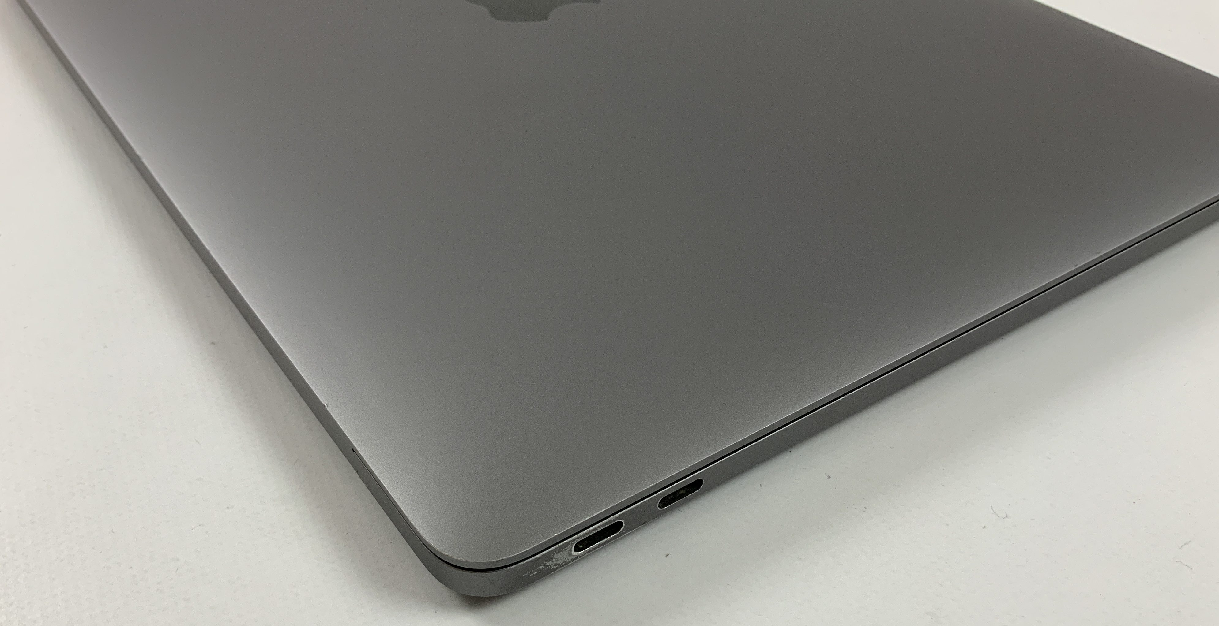 "MacBook Pro 13"" 2TBT Mid 2017 (Intel Core i5 2.3 GHz 8 GB RAM 128 GB SSD), Space Gray, Intel Core i5 2.3 GHz, 8 GB RAM, 128 GB SSD, bild 3"