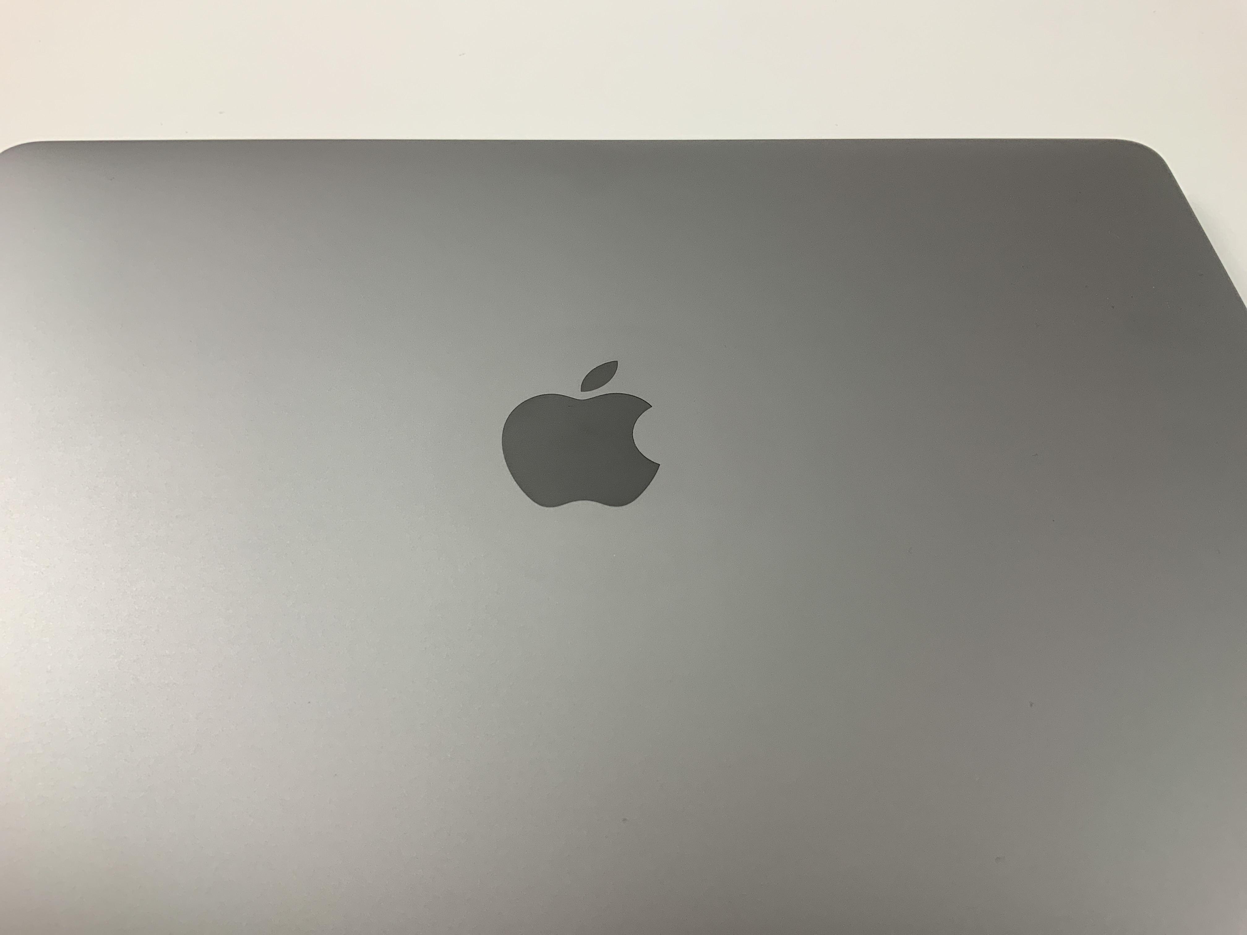 "MacBook Pro 13"" 4TBT Mid 2017 (Intel Core i7 3.5 GHz 16 GB RAM 1 TB SSD), Space Gray, Intel Core i7 3.5 GHz, 16 GB RAM, 1 TB SSD, bild 4"