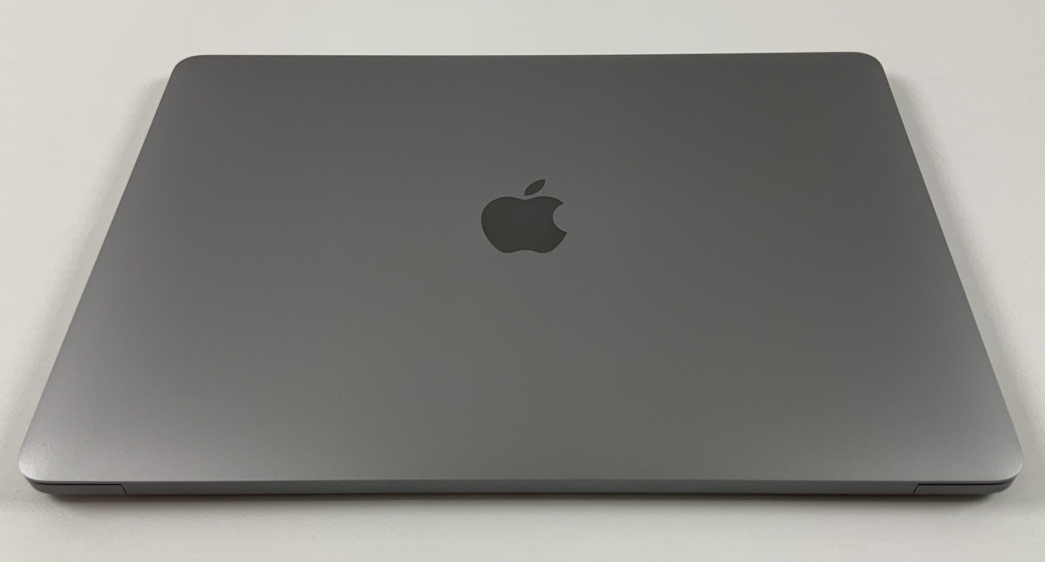"MacBook Pro 13"" 4TBT Mid 2019 (Intel Quad-Core i5 2.4 GHz 8 GB RAM 256 GB SSD), Space Gray, Intel Quad-Core i5 2.4 GHz, 8 GB RAM, 256 GB SSD, Afbeelding 2"