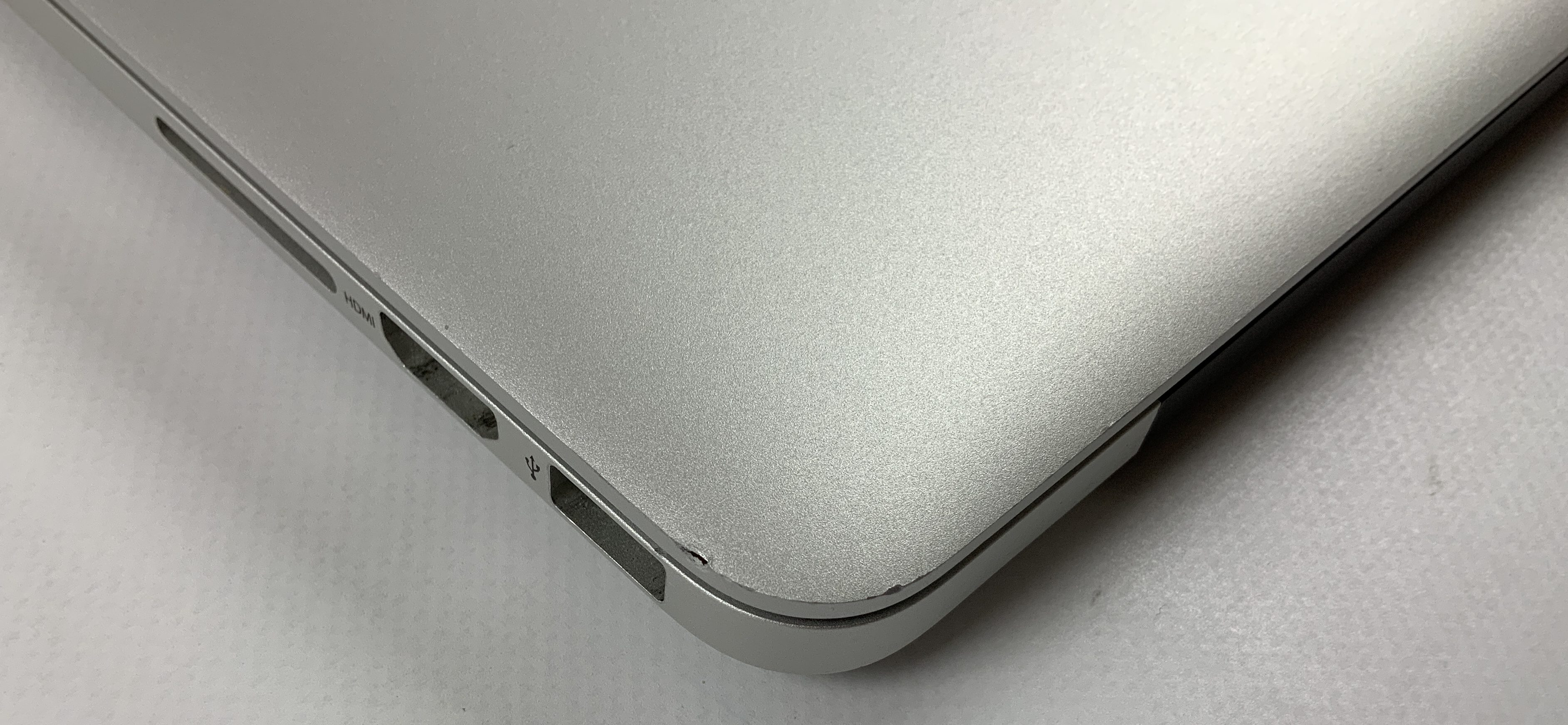 "MacBook Pro Retina 13"" Early 2015 (Intel Core i5 2.7 GHz 8 GB RAM 128 GB SSD), Intel Core i5 2.7 GHz, 8 GB RAM, 128 GB SSD, image 4"