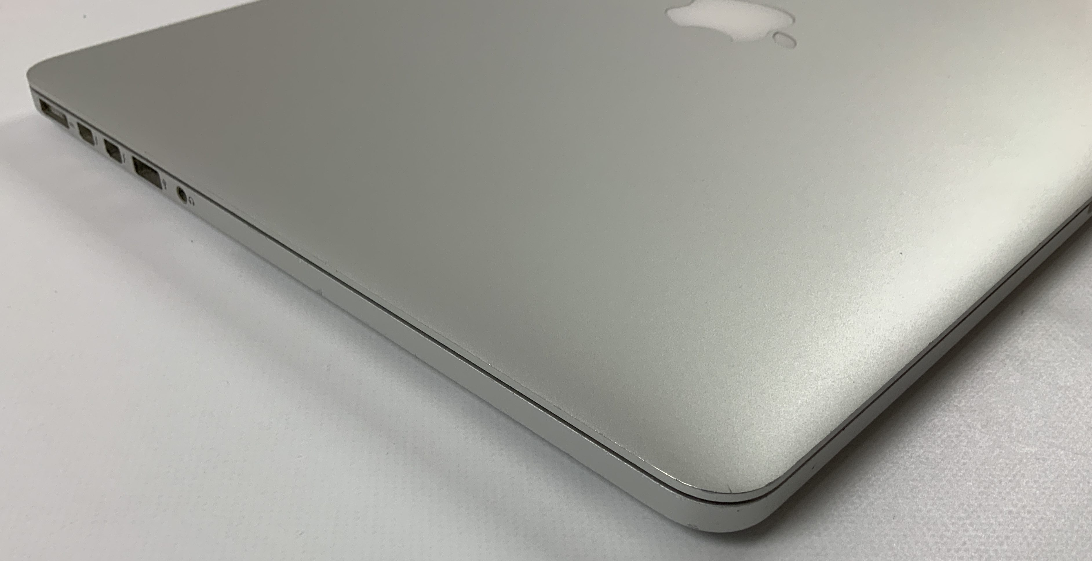 "MacBook Pro Retina 15"" Mid 2015 (Intel Quad-Core i7 2.5 GHz 16 GB RAM 512 GB SSD), Intel Quad-Core i7 2.5 GHz, 16 GB RAM, 512 GB SSD, immagine 3"
