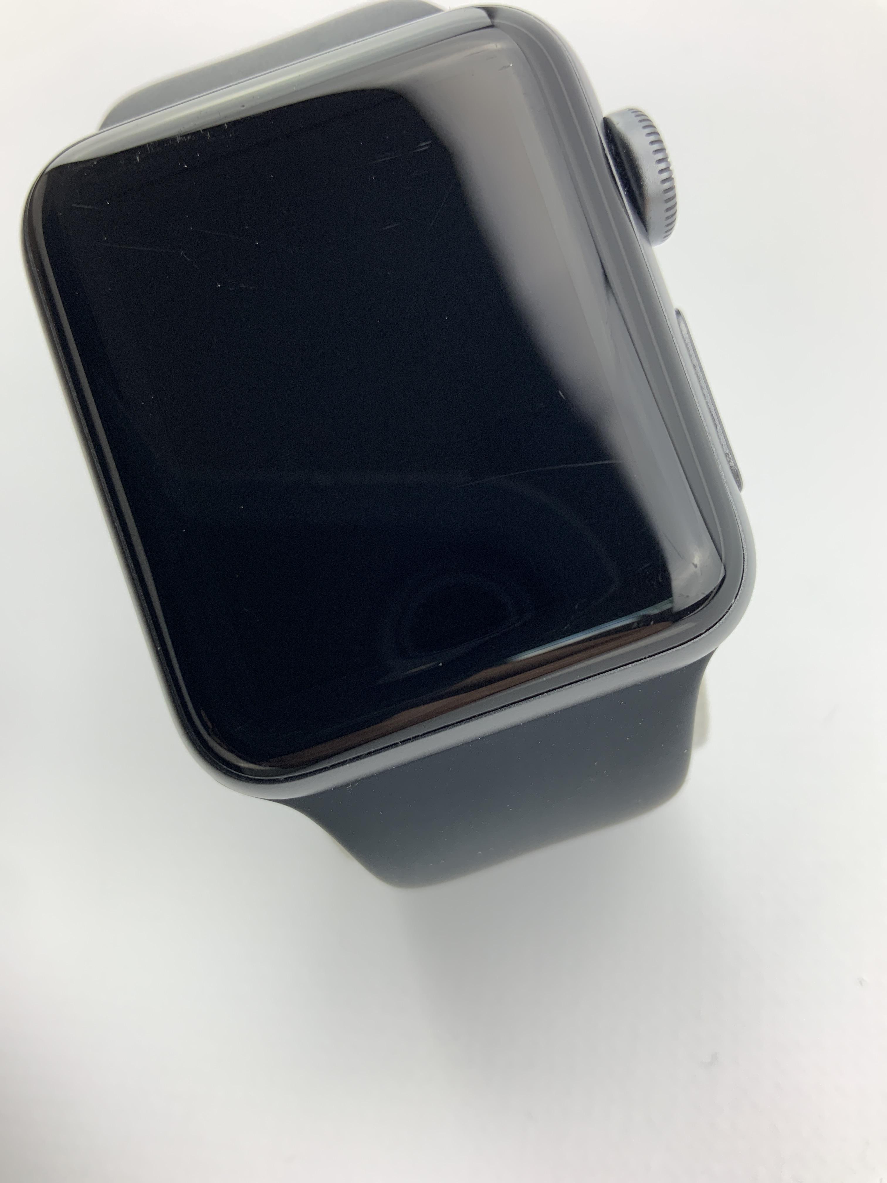 Watch Series 3 Aluminum (38mm), Space Gray, Black Sport Band, imagen 3