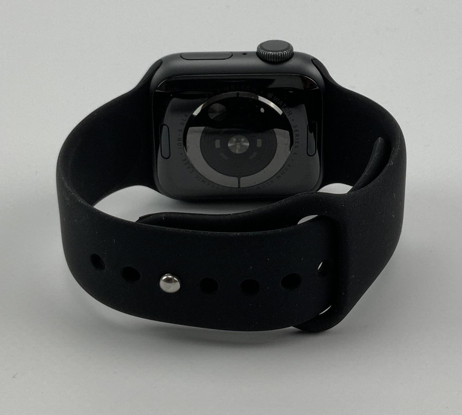 Watch Series 4 Aluminum (40mm), Space Gray, Black Sport Band, imagen 5
