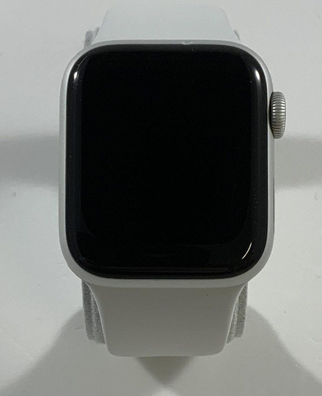 Watch Series 4 Aluminum (40mm), Silver, White Sport Band, Bild 1