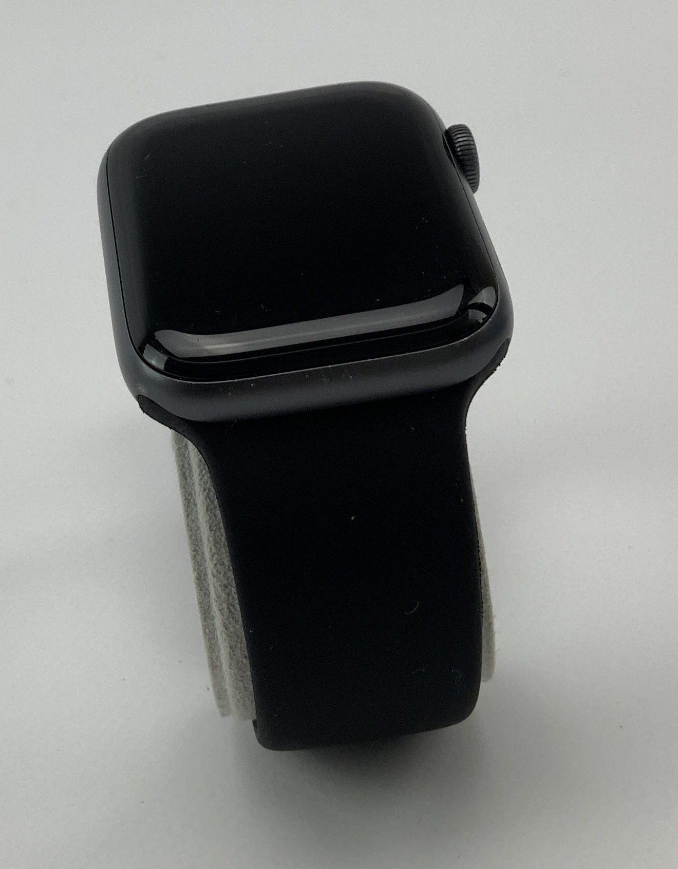 Watch Series 4 Aluminum (44mm), Space Gray, Black Sport Band, bild 4