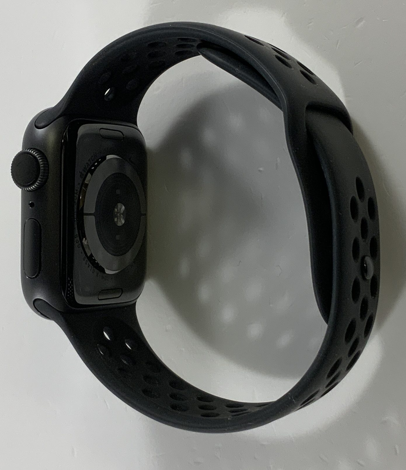 Watch Series 4 Aluminum Cellular (40mm), Space Gray, Anthracite/Black Nike Sport Band, Afbeelding 3