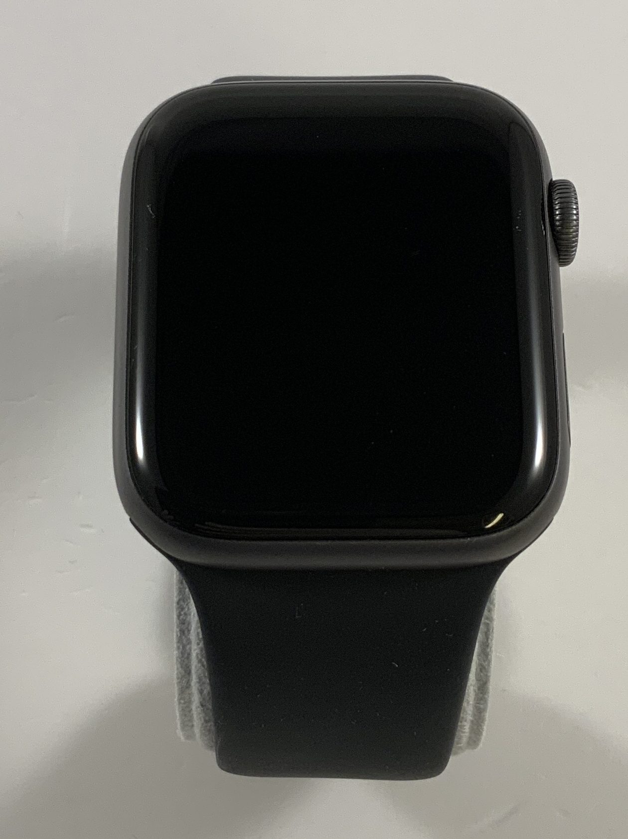 Watch Series 4 Aluminum Cellular (44mm), Space Gray, Black Sport Band, Afbeelding 1