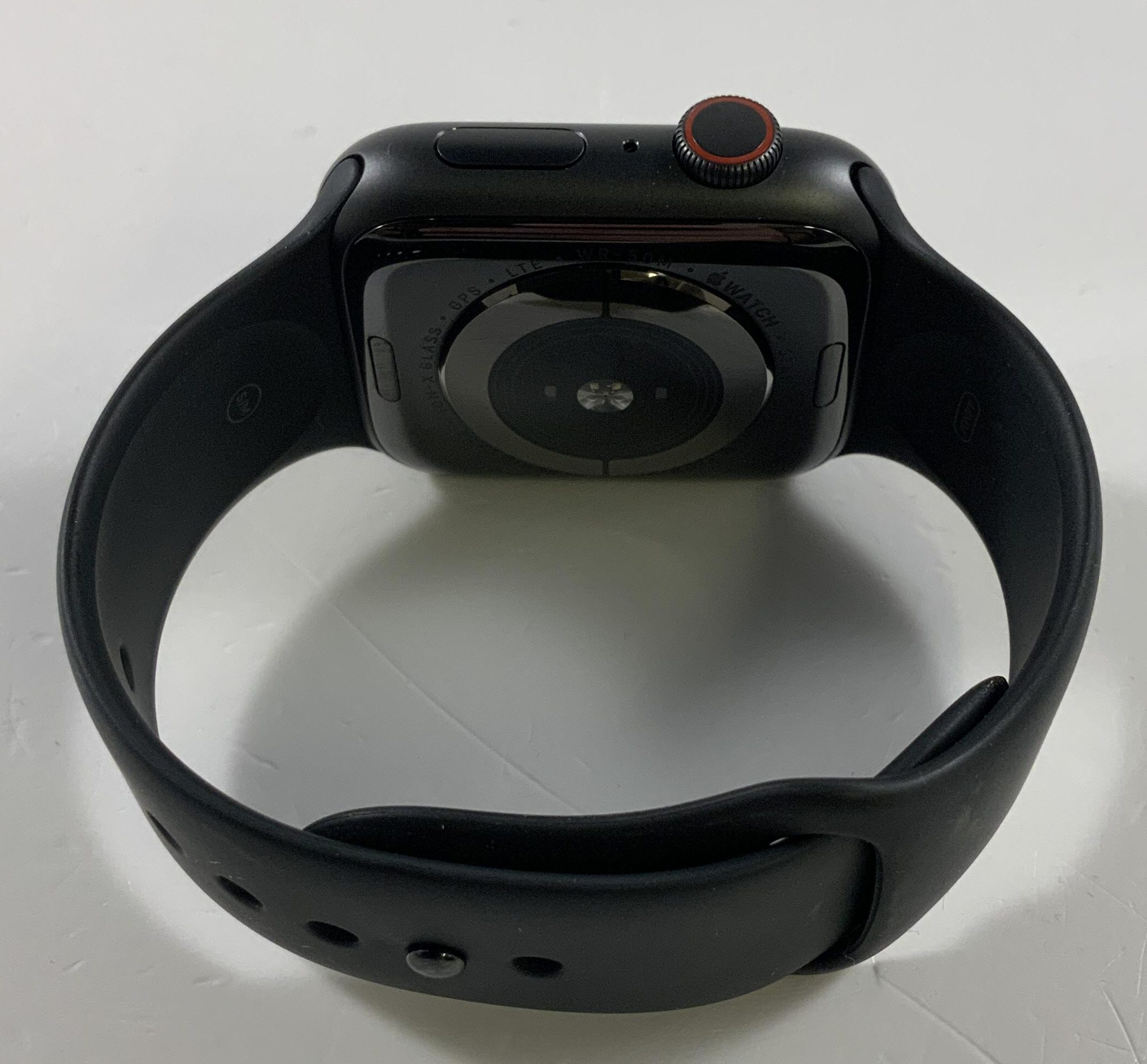 Watch Series 5 Aluminum Cellular (44mm), Space Gray, image 3